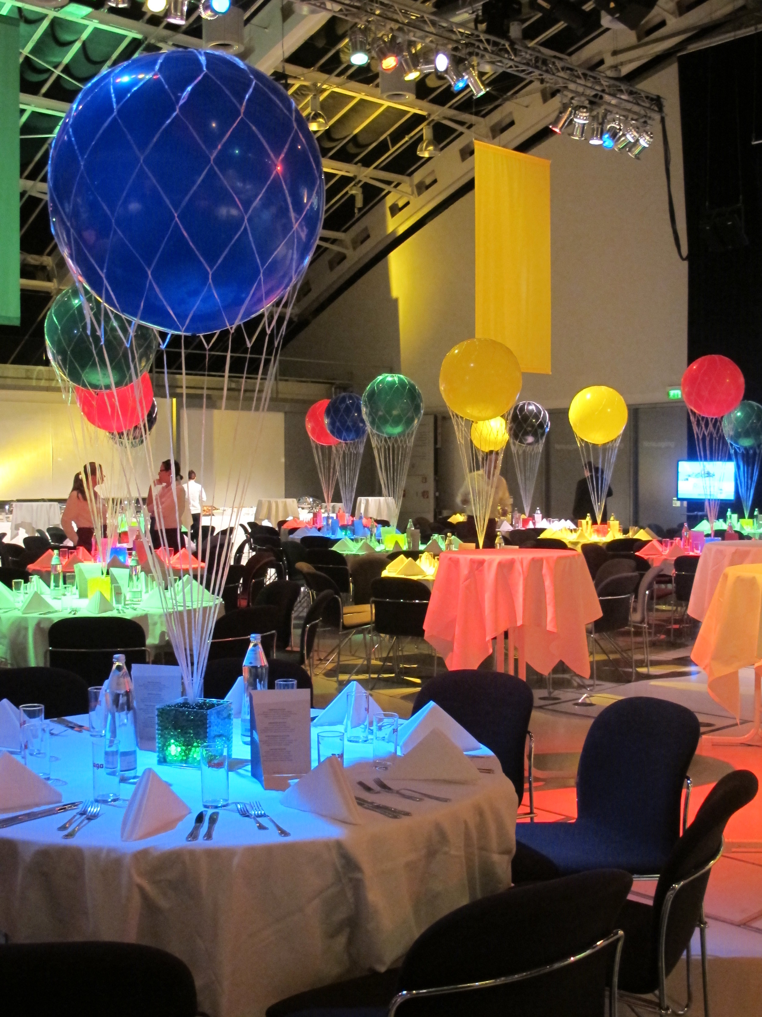 olympic-gala-networking-table-centres.JPG
