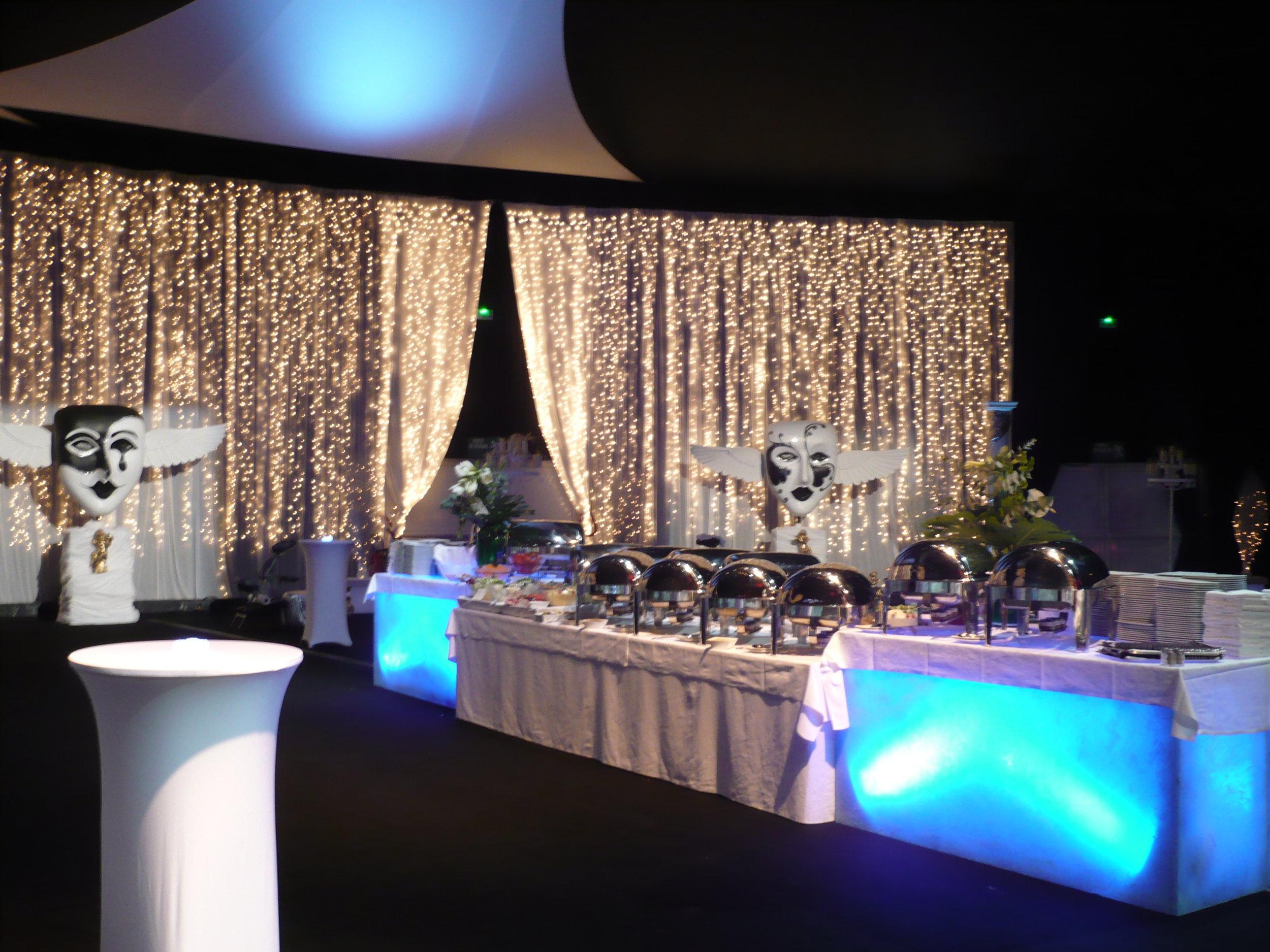 heaven-theme-gala-dinner.JPG