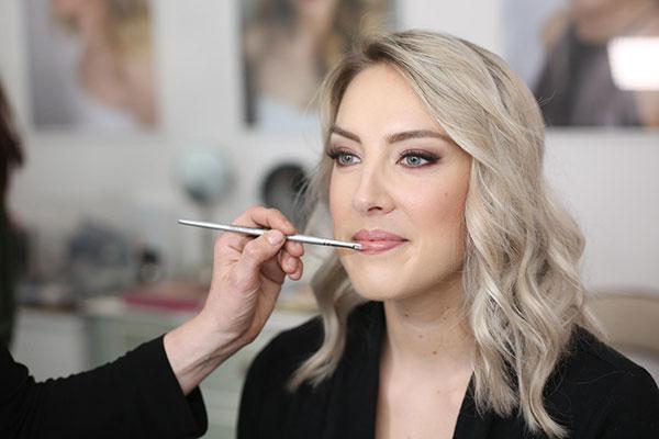 How+to+apply+perfect+eye+makeup.jpeg