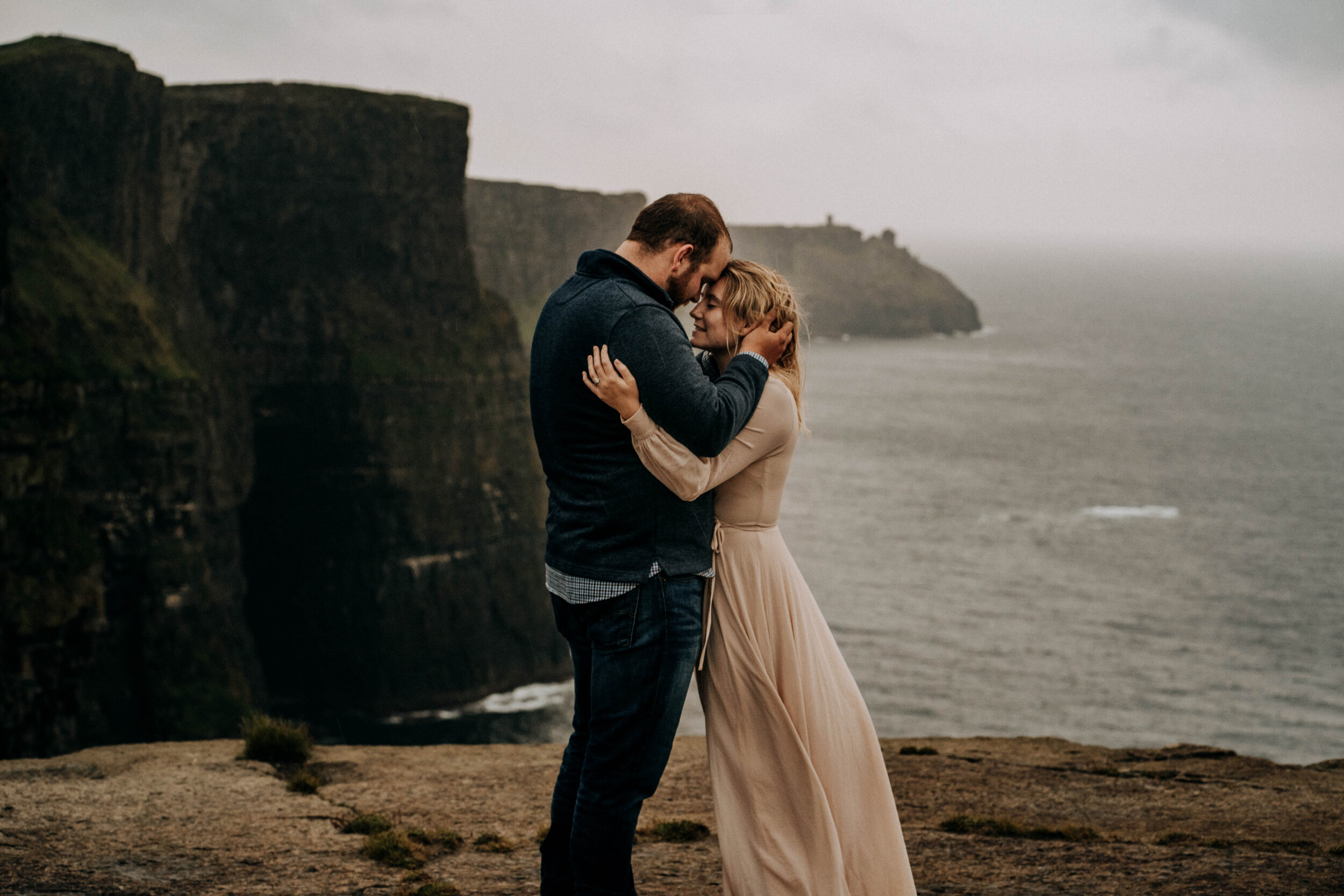 irish cliff elopement-12.jpg
