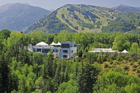 aspen-meadows-resort (1).jpg