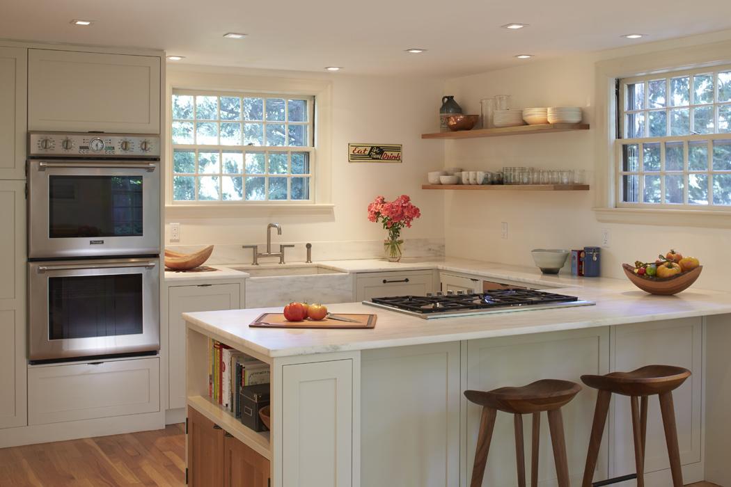 15A_lowell_st_kitchen1.jpg