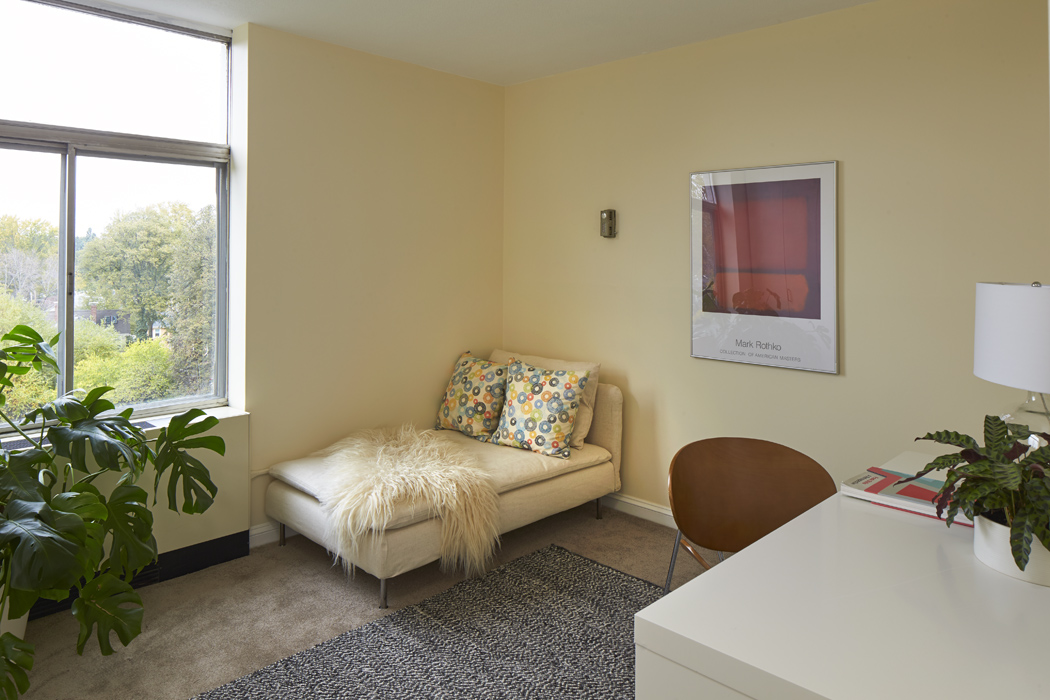 221_mount_auburn_st_unit_511_bedroom2.jpg