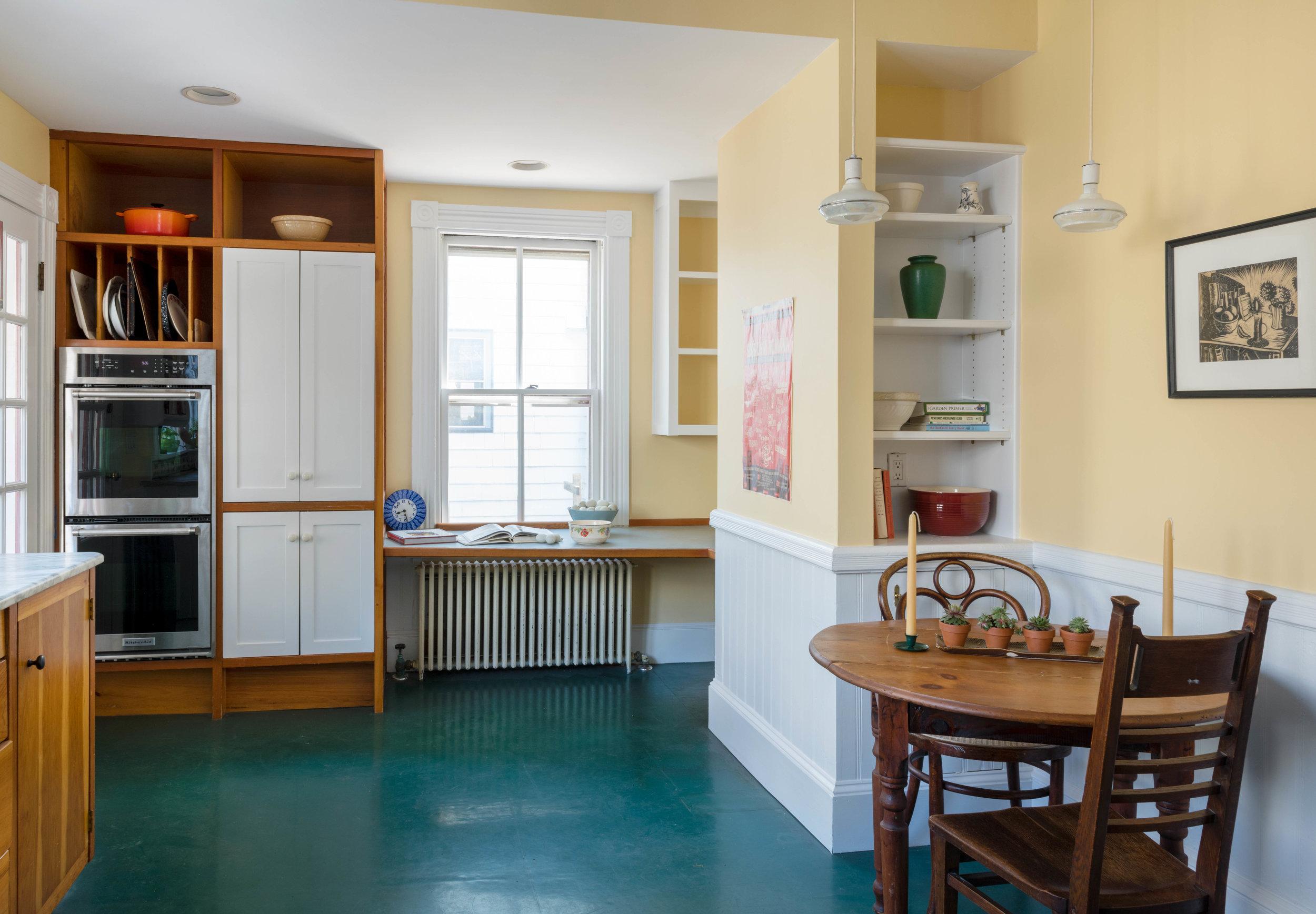 kitchen 2 hi.jpg
