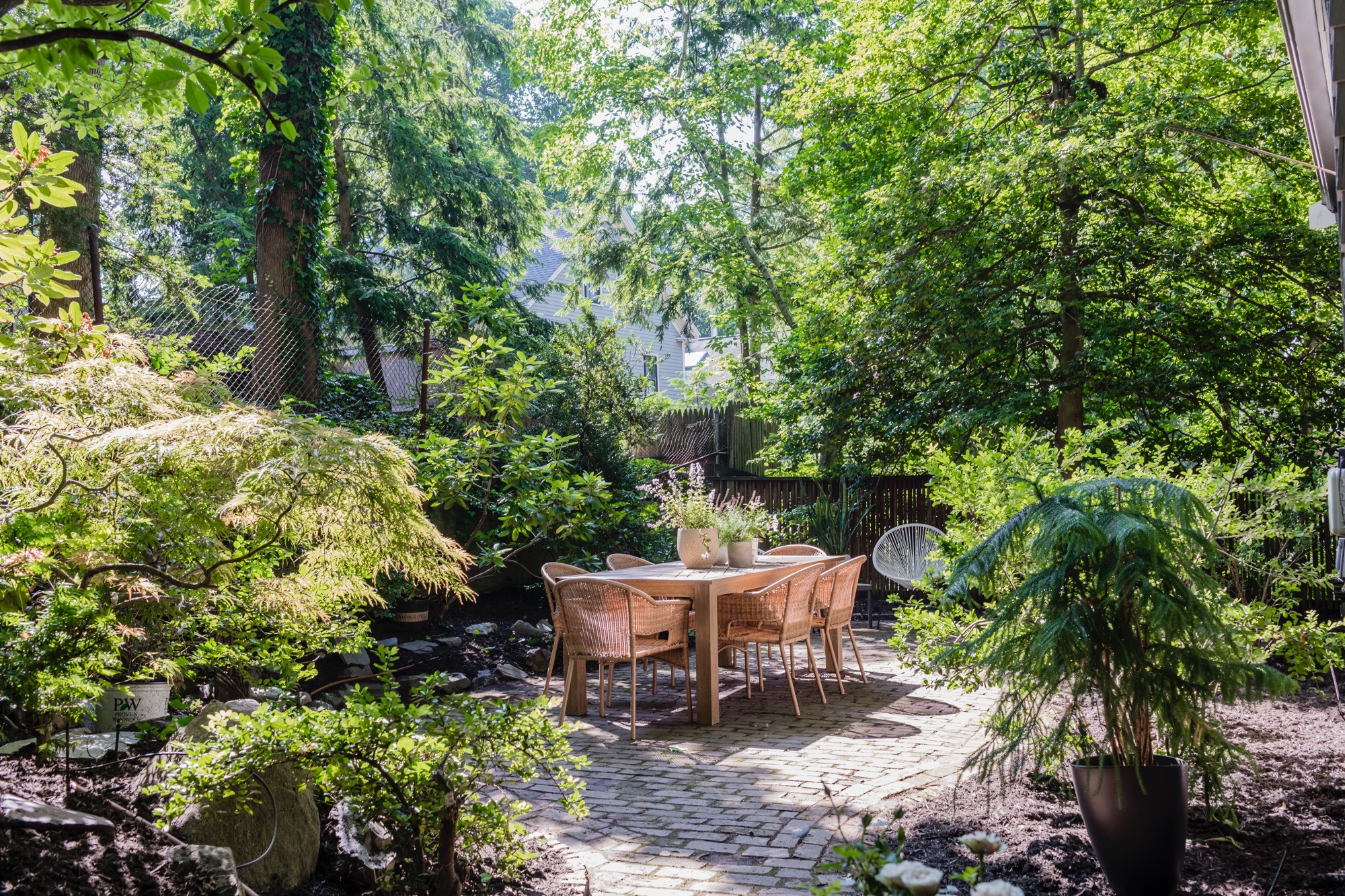 44AH garden horizontal.jpg