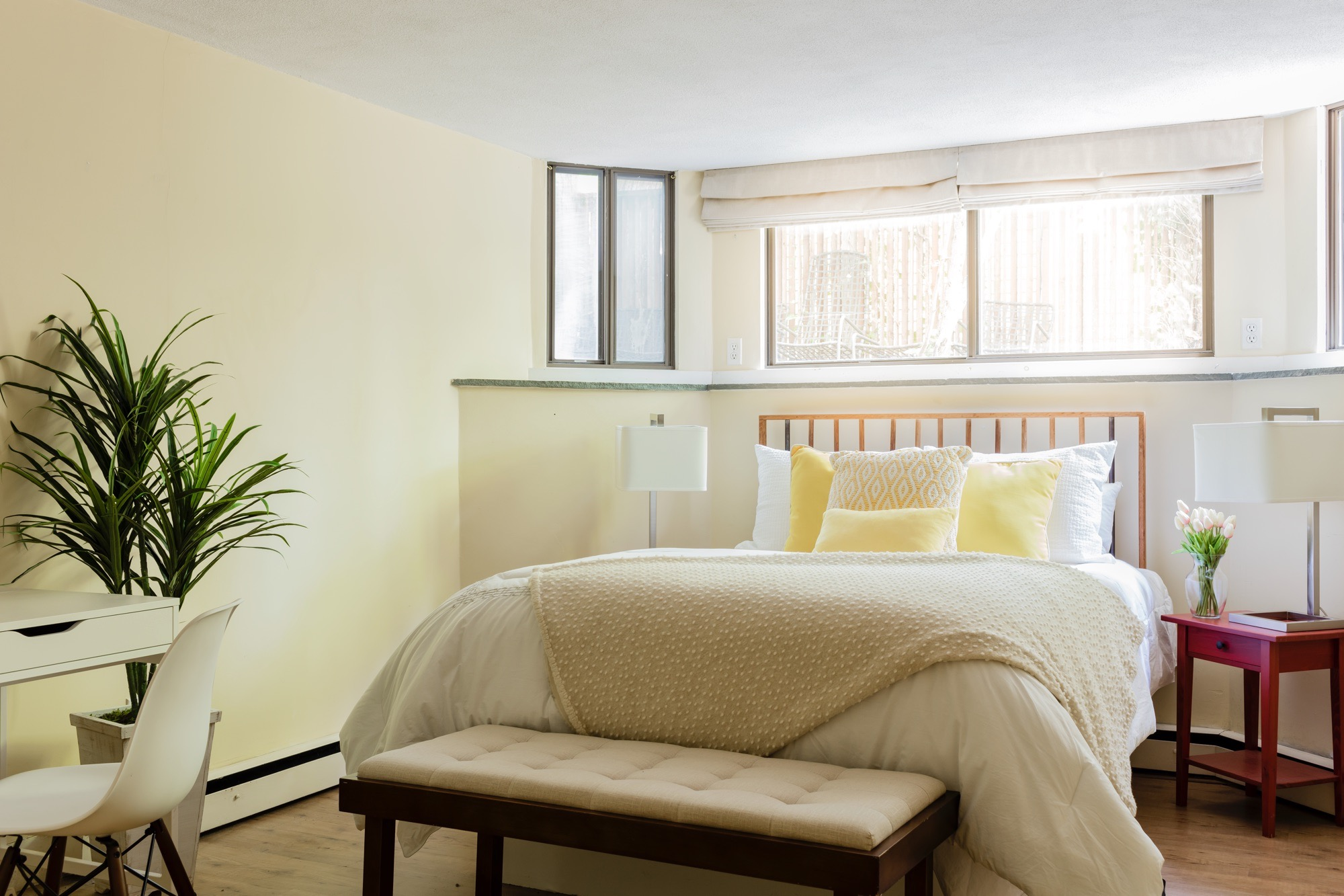 44AH apartment bedroom1.jpg