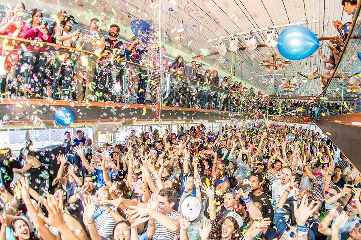 ... And the party is a [sober] rave. The new trend that is catching on quickly. Image via Daybreaker.
