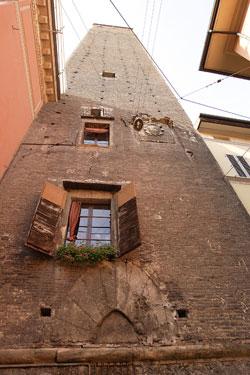 Via Torre Prendiparte.