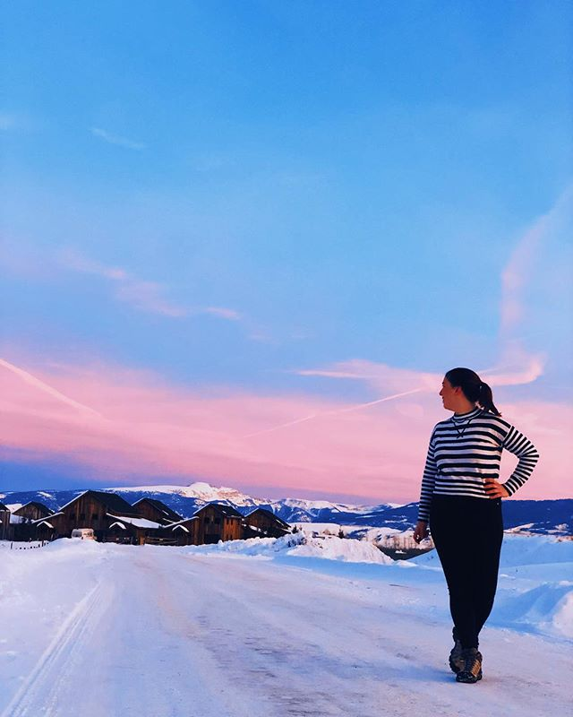 Do you prioritize international travel over domestic? 🧳 I have. I'm still guilty of it sometimes. ✈️ But when I forgo a passport stamp in favor of adventures at home, I realize how incredible our country can be. 👓 Just look at these snow-capped peaks in Wyoming, and that endless sky. 🌄 . . . . . . . . . . . . . . . #wyoming #bigsky #tetonvillage #jackson #jacksonhole #travel #sidewalkerdaily #mountainslover #justgo #travelwriter #exploretocreate #fodorsonthego #wellnessjourney #wonderful_places #seeamerica #nationalparkservice #wyominglife #wyominggirls #tetons #girlaroundtheworld #girlvsglobe #wanderlusting