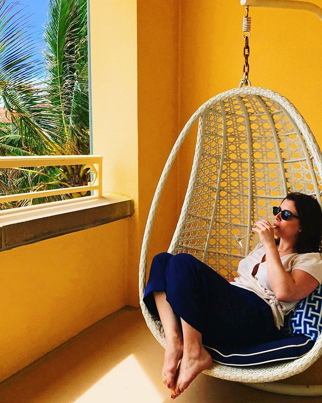 Swinging into summer like 😎 . . . . . . . . . . . . . . . #palmbeach #palmbeachfl #visitpalmbeach #eaupalmbeach #visitflorida #travelwriter #travel #wellnessretreat #southflorida #girlsaroundtheworld #travellikeagirl #wanderlusting #dametraveler #lifewelltravelled #sheisnotlost #wandertheworld #traveleverywhere #writetotravel #spalife #wellnessspa #jonathanadler