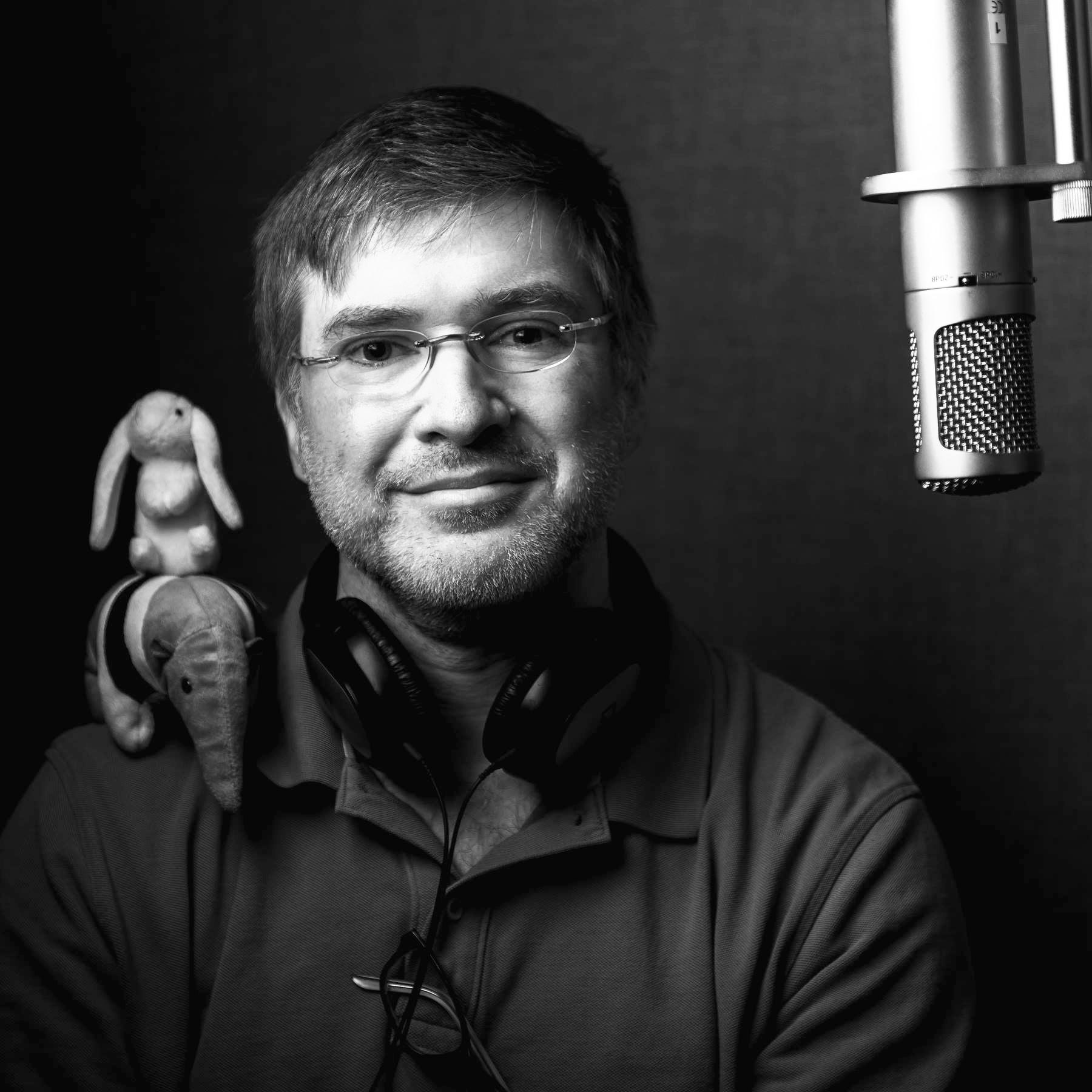 Acclaimed vocal artist Christopher Lane