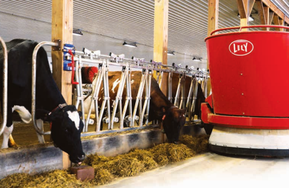 Good-Vue Farm Installs dcc waterbeds + lely systems