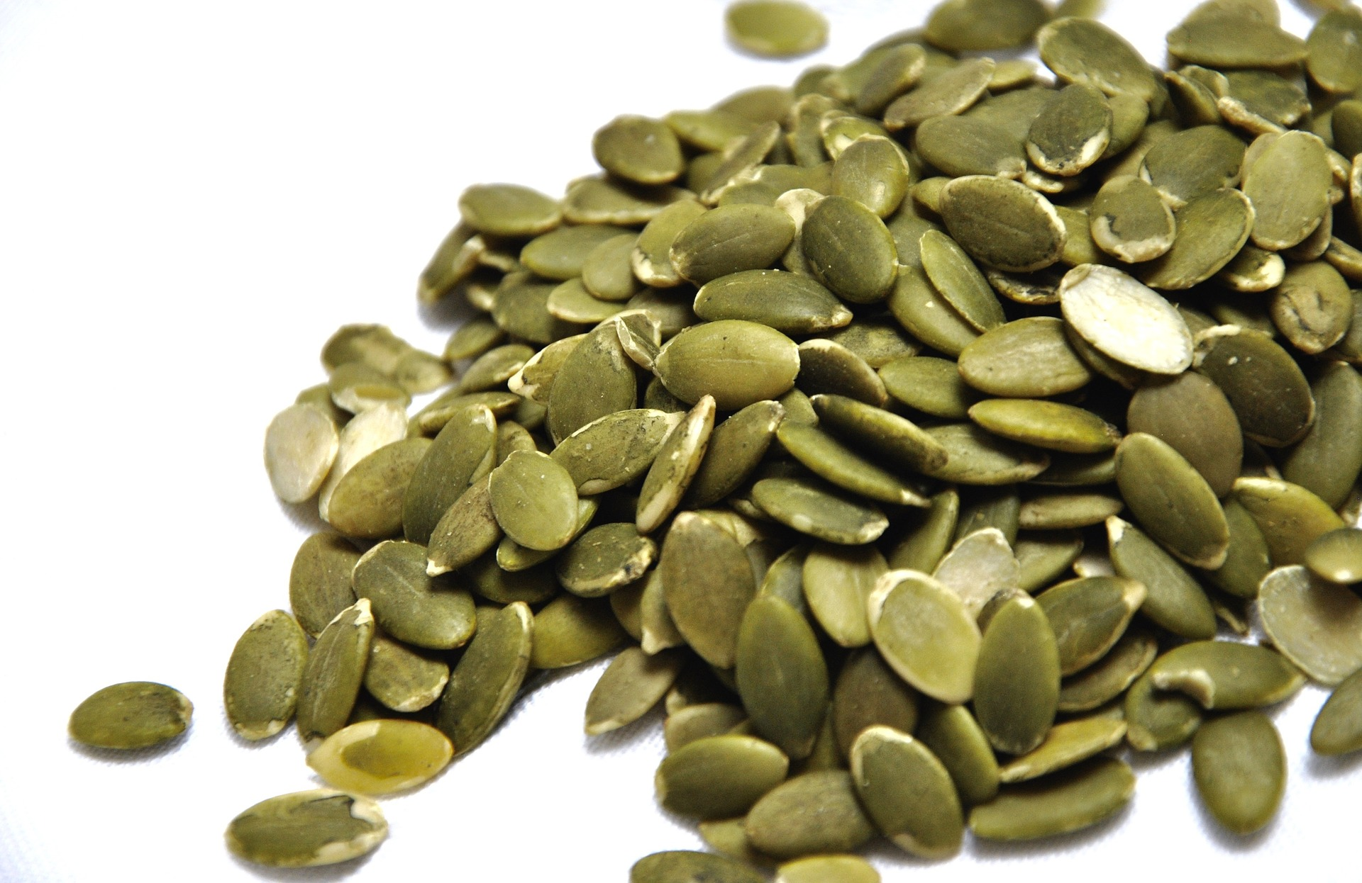 pumpkin-seeds-1489510_1920.jpg