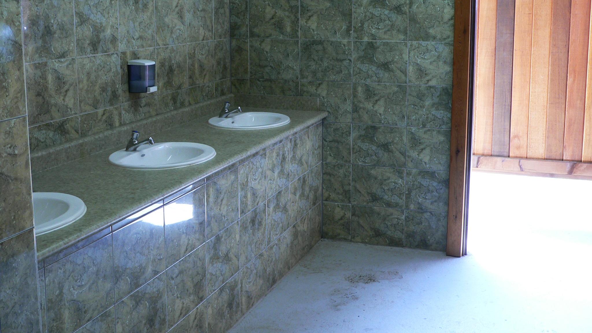 sweltzercreek_Bathrooms.jpg