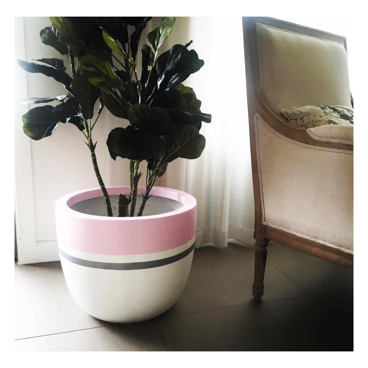 Pastel pink and Silver Mars pot.jpg