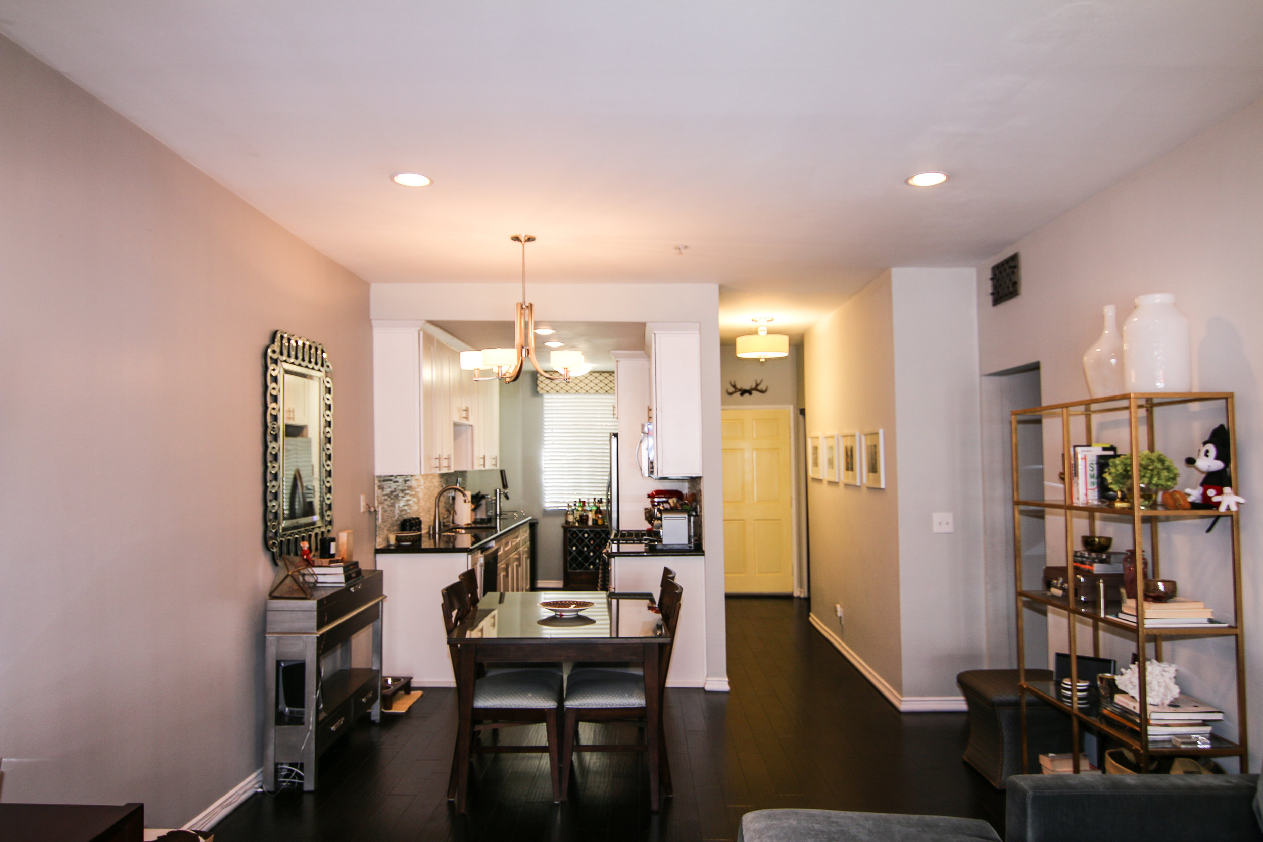 Foyer and Kitchen 2 (1 of 1).jpg