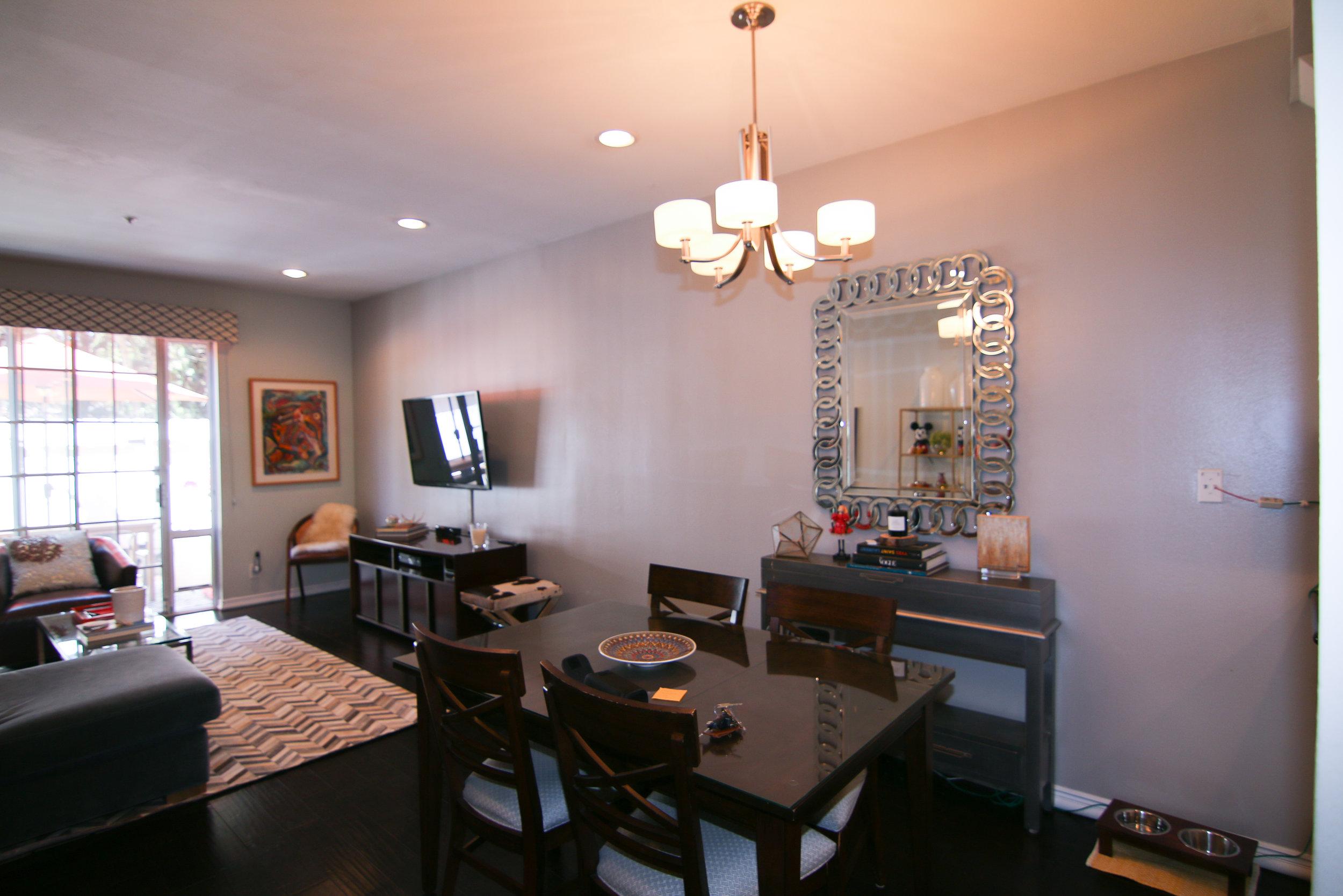 Living Room 17 (1 of 1).jpg