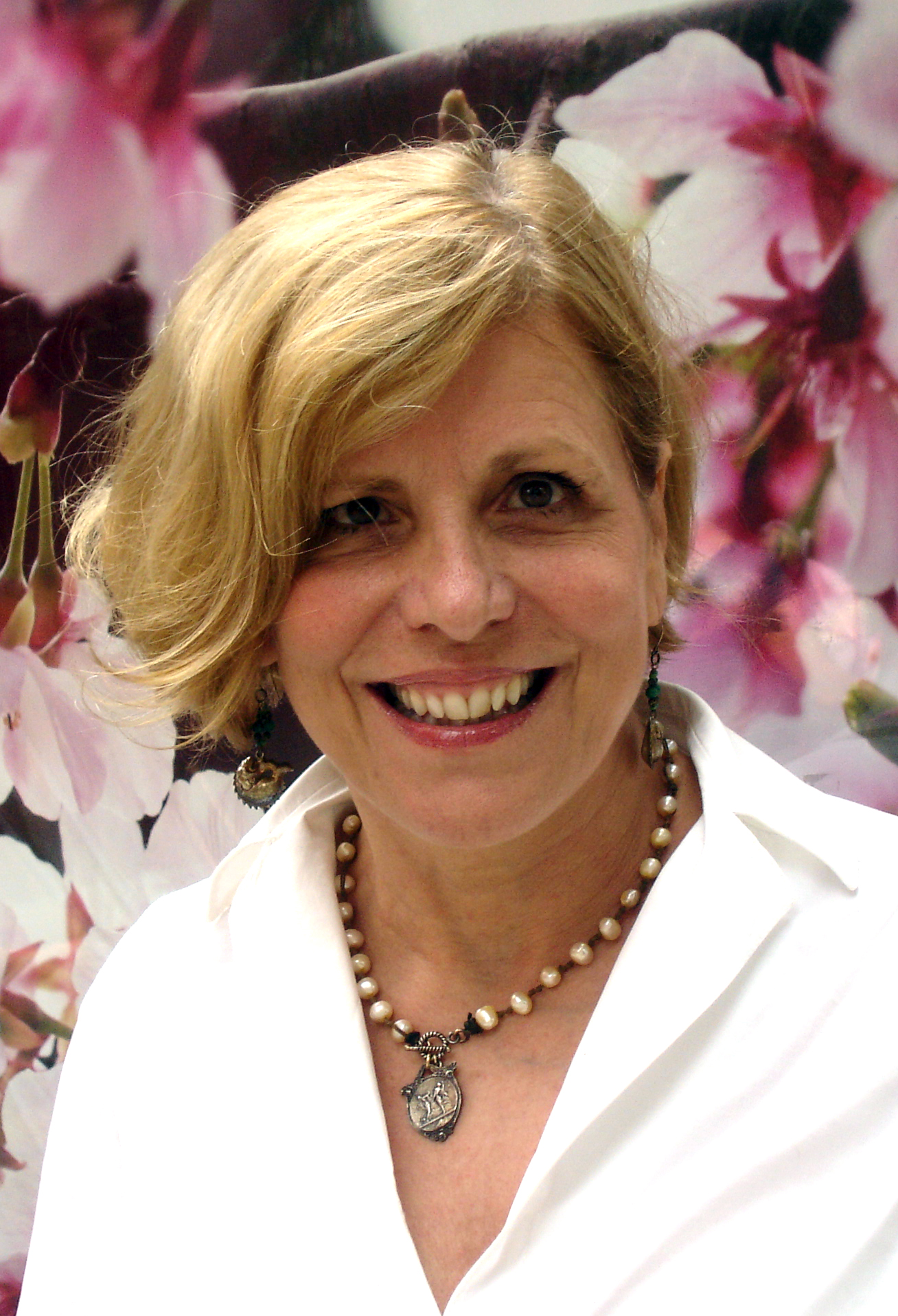 Sally Champagne, Executive Director of Beacon Star Educational Consulting, served as a Senior Admissions Officer at Harvard University for 21 years