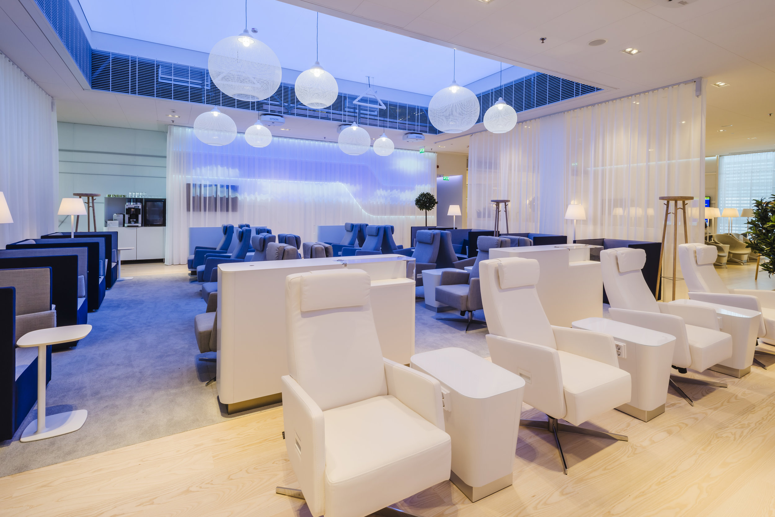 finnair premium lounge helsinki