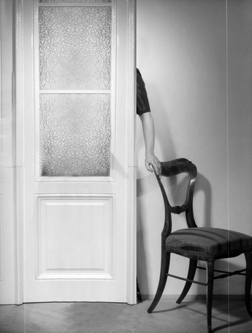 mc2gallery_Noe Sendas_Old Studio(Revolving Door)_2015.jpg