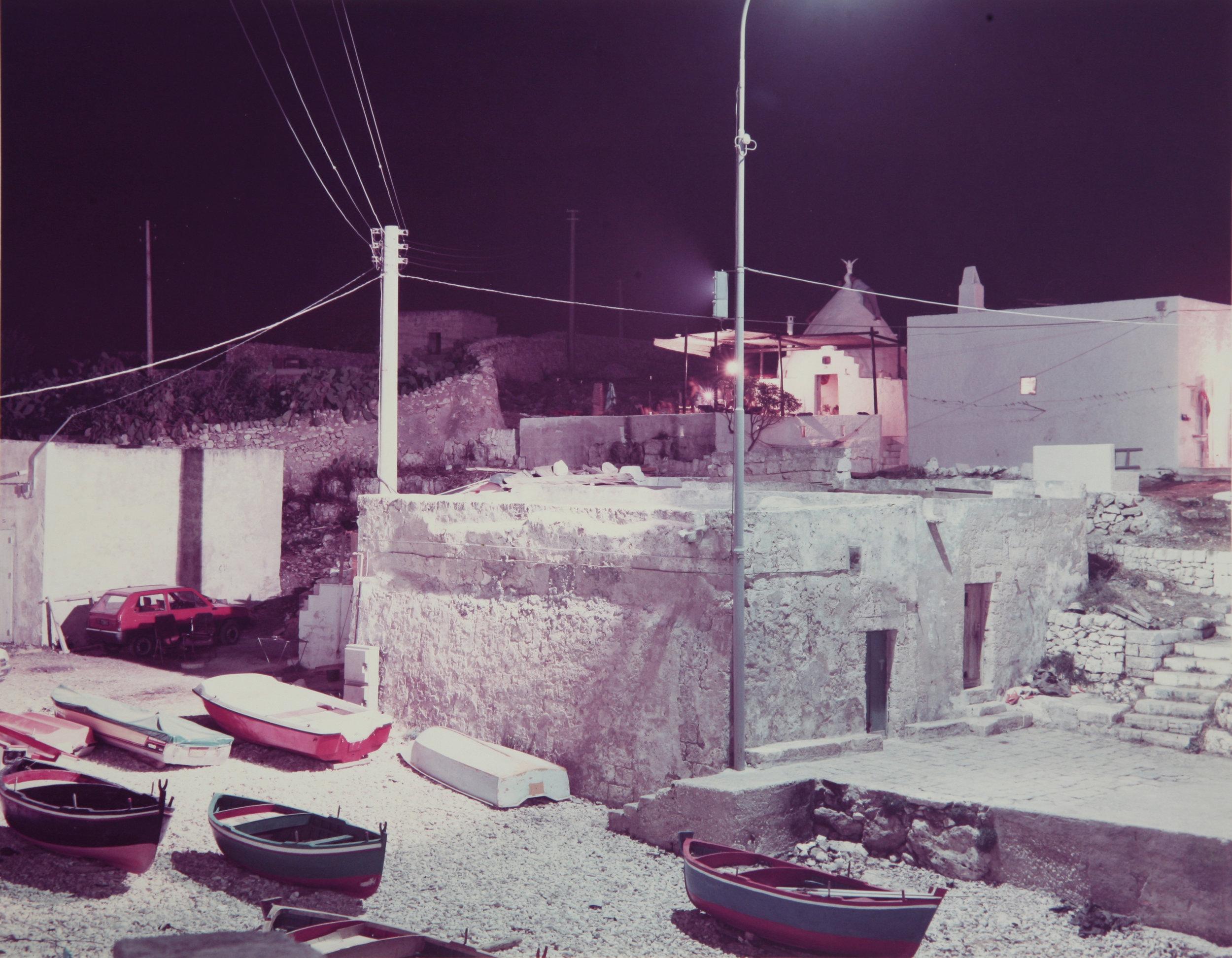 Photographica-FineArt_Ghirri_Polignano-a-mare_1985.JPG