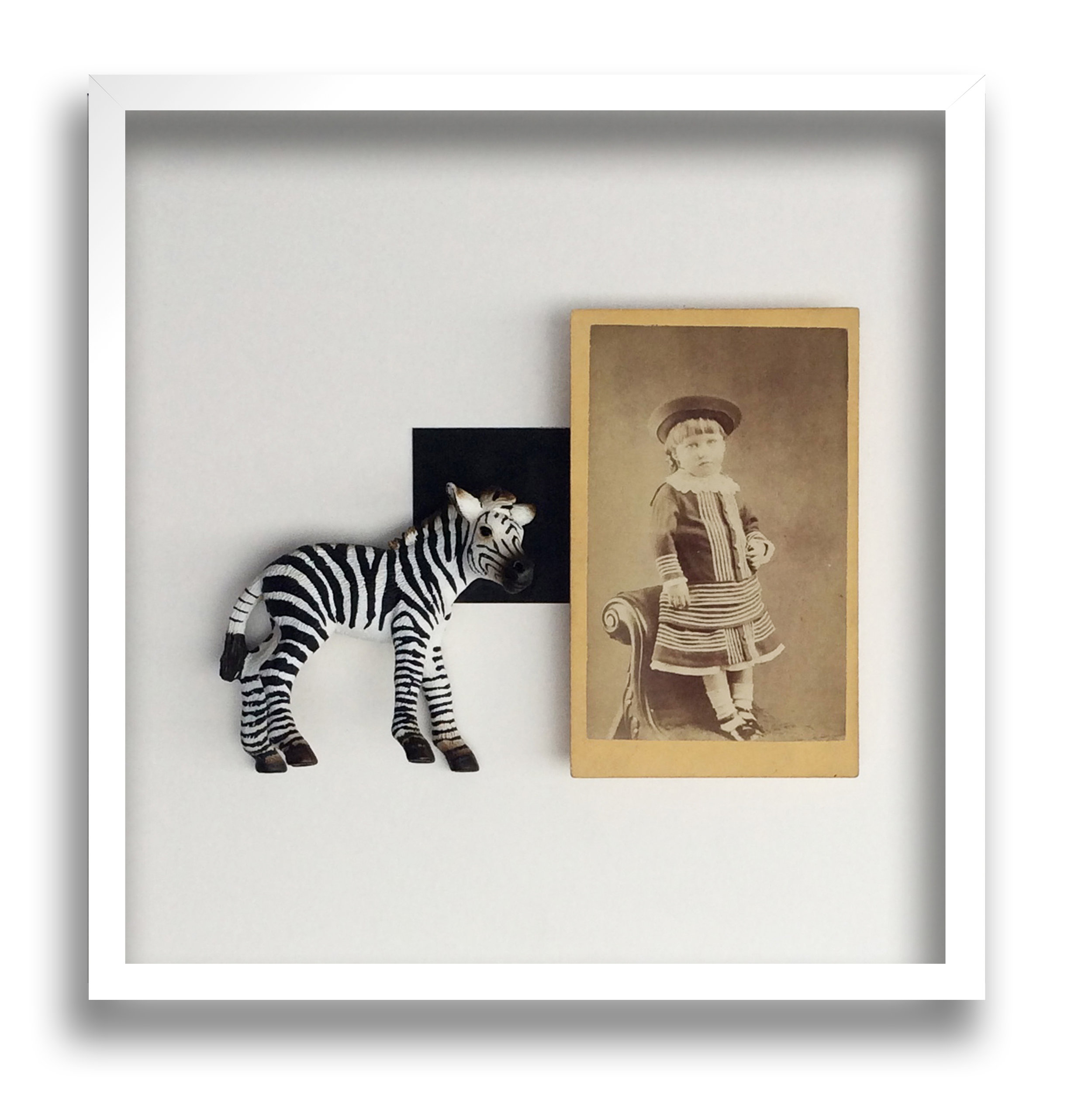36. Galleria-l'Affiche_Alfred-Drago-Rens_Isabelle-ha-sempre-amato-le-righe_2016_30x30cm.jpg