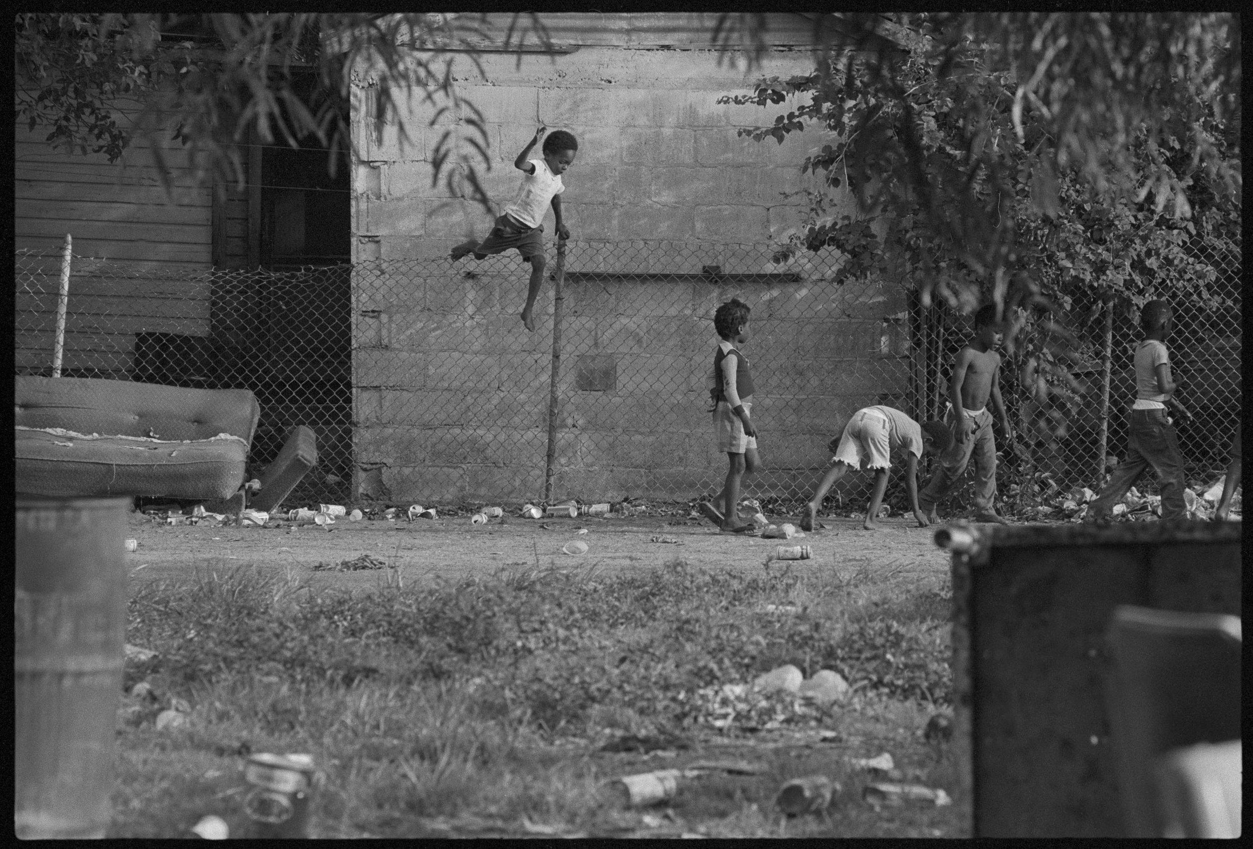 Ghetto_061974_F25A.jpg
