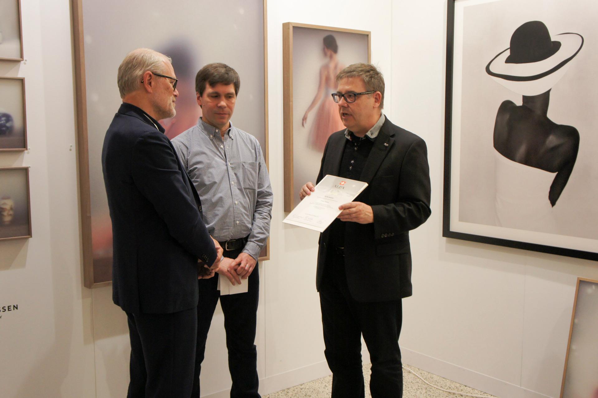Galerist Roy Kahmann, Daniel Blochwitz and André Oldani (ALPA)