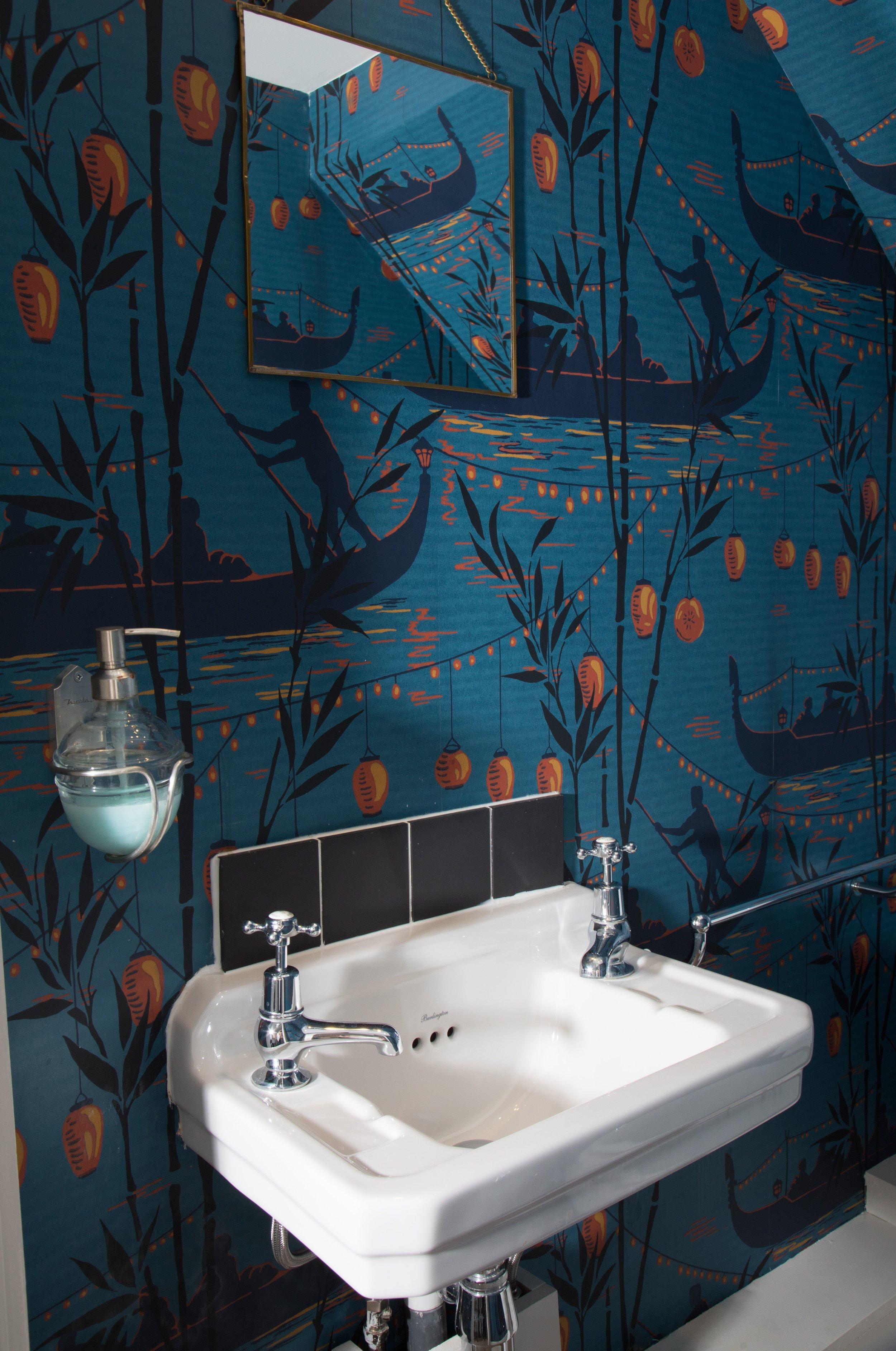 Downstairs toilet 2.jpg