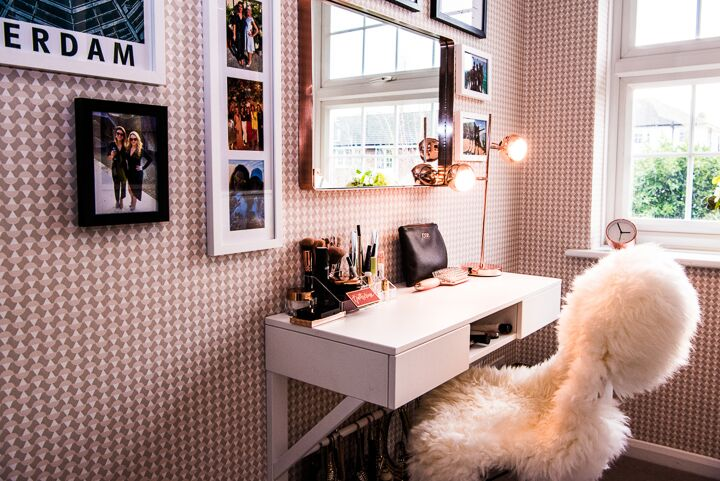 Dressing room table .jpg