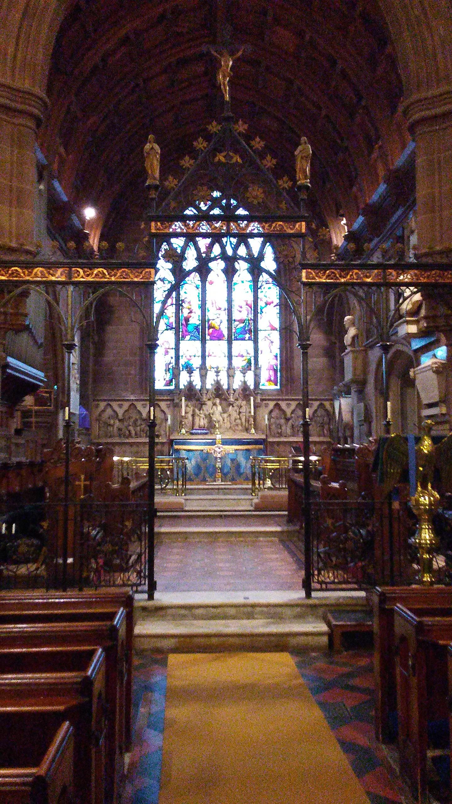09.21 St Mary's interior.jpg
