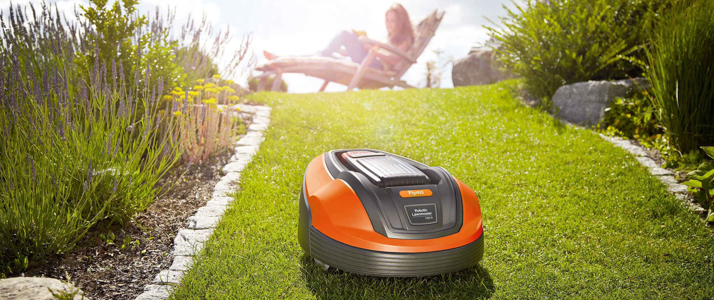 Flymo Robotic Lawnmower 1200R - 4.jpg