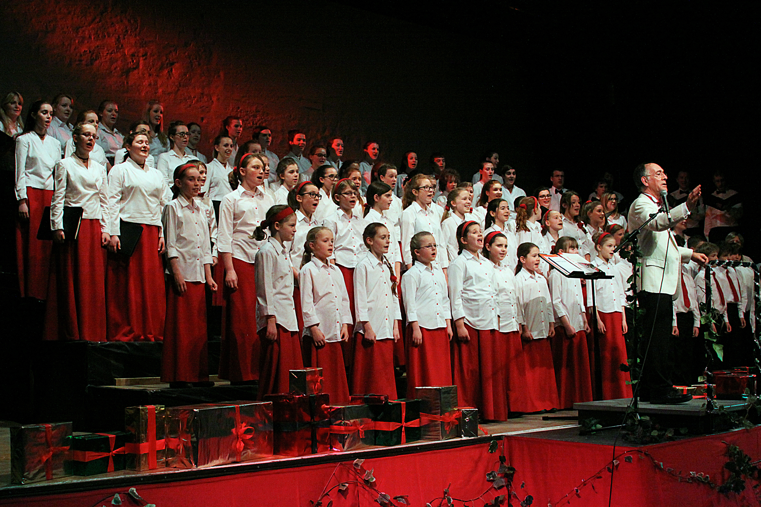 Founder David Victor-Smith MBE conducts the Farnham Youth Choir