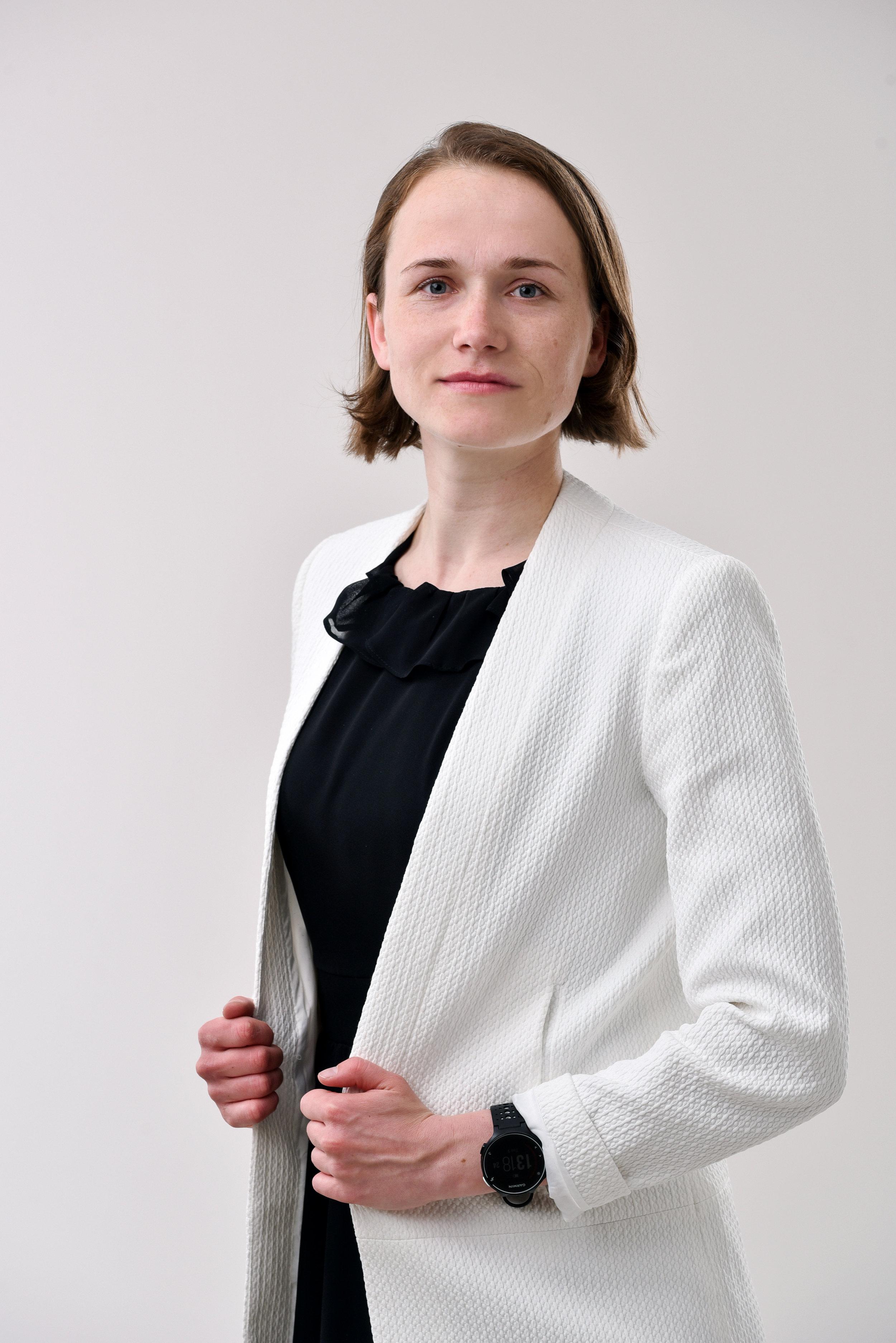 Eva Pavlovska  Bioloģijas un dabaszinību skolotāja