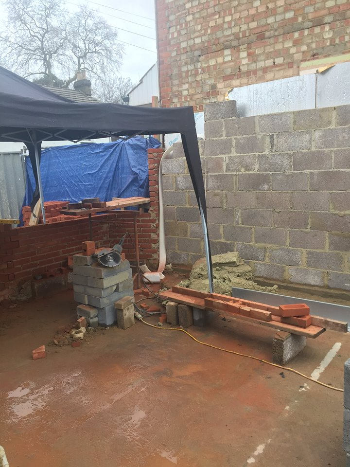Week 7 - Ground Floor Brick Work4.jpg
