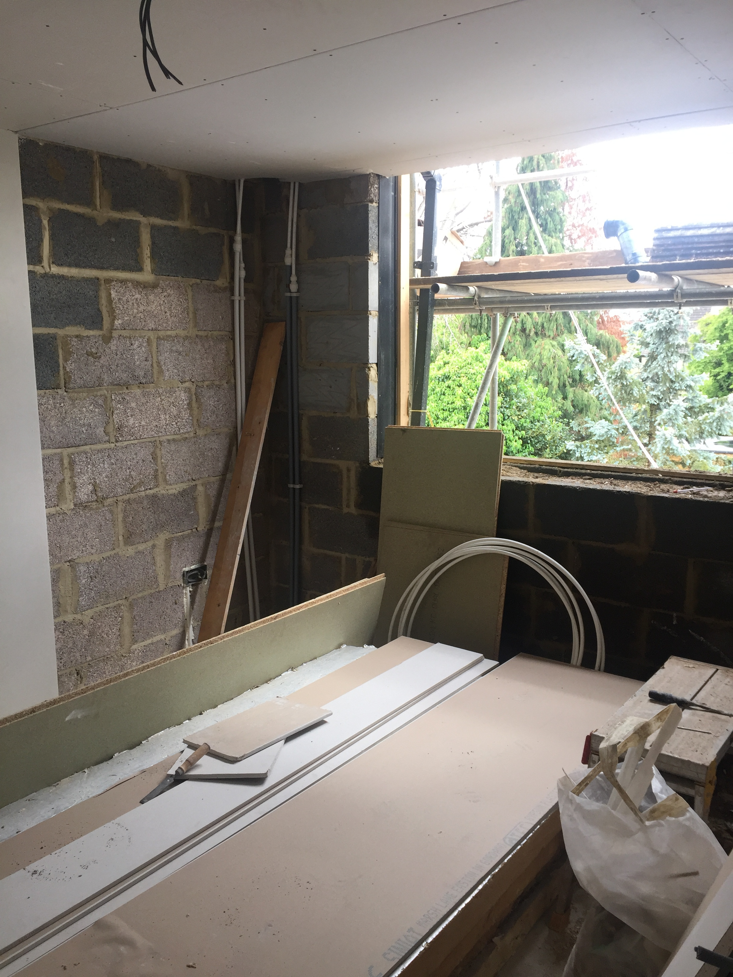 Week 17 - Plasterboard, 1st fix plumbing and 1st fix electrics21.JPG