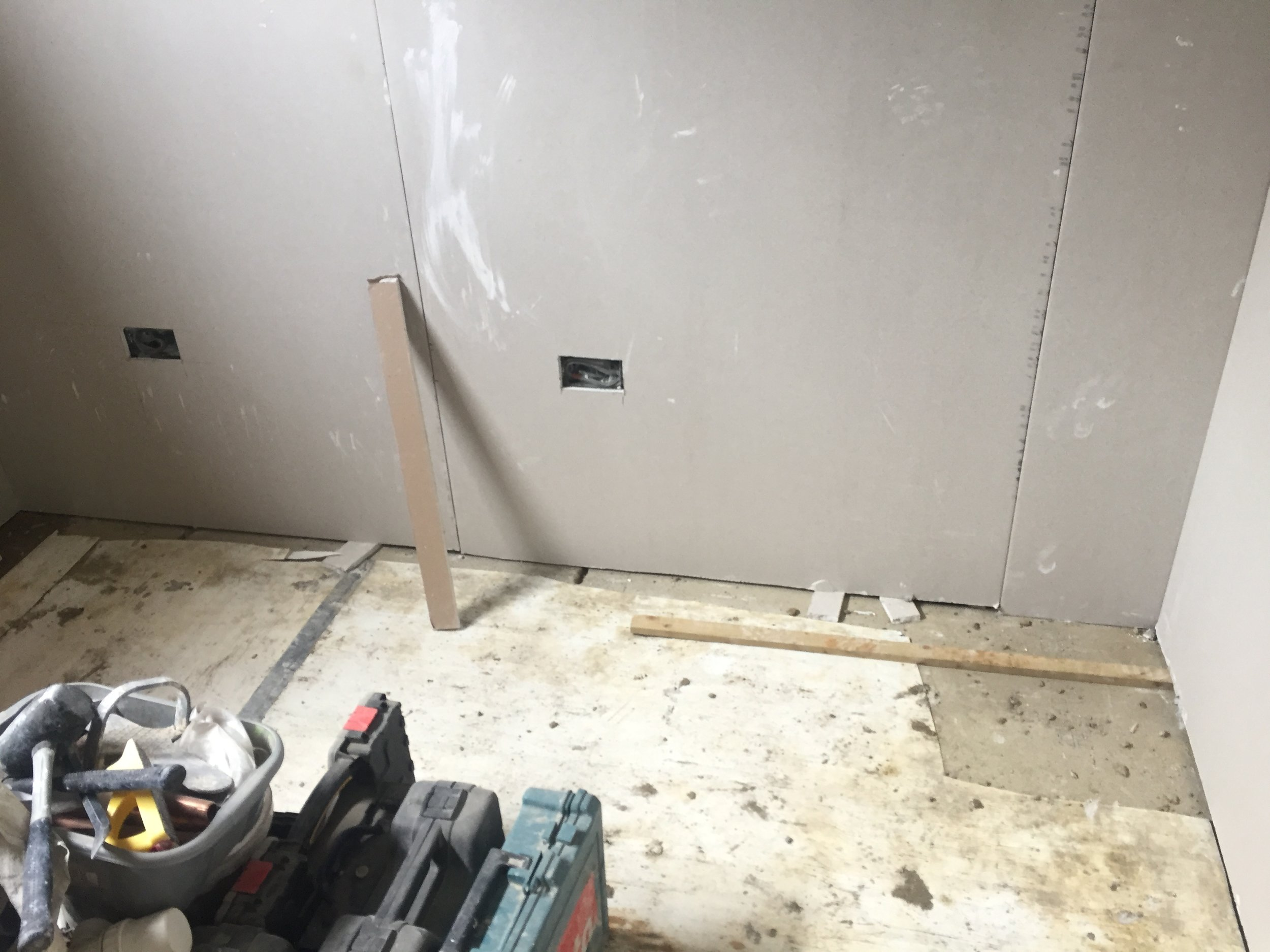 Week 17 - Plasterboard, 1st fix plumbing and 1st fix electrics23.JPG