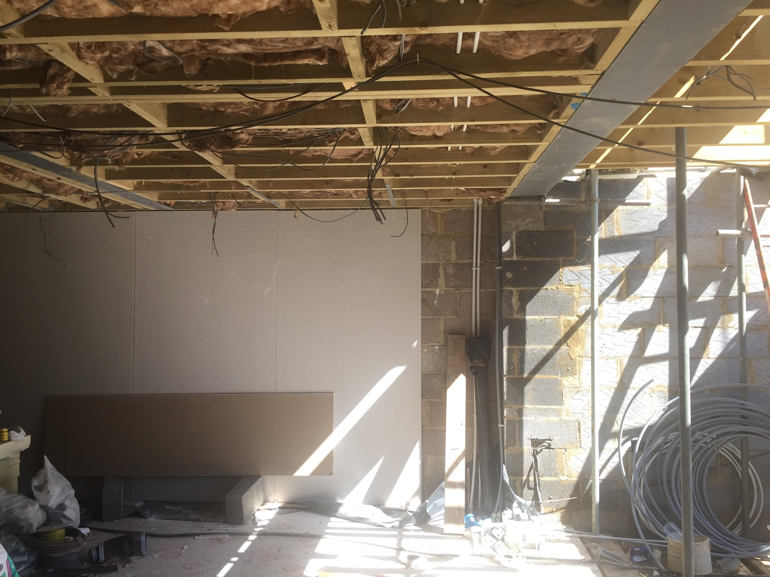 Week 18 - Installation of joints, ceiling, windows, doors, soffits & facia3.JPG