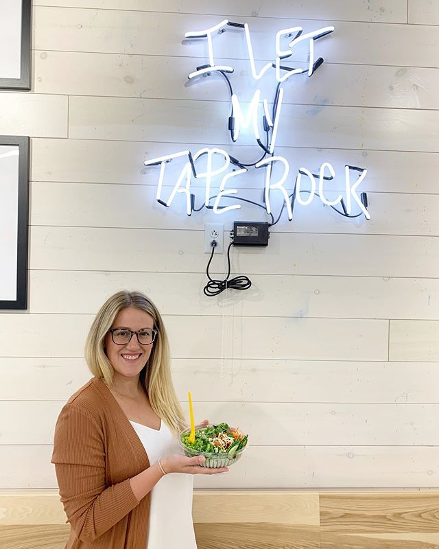 In Rochester today for a social media conference @upstatesocial. Got to check off one of my Roc eatery bucket list places @originalgrainsters. I'm a sucker for a neon sign and a poke bowl 🤪