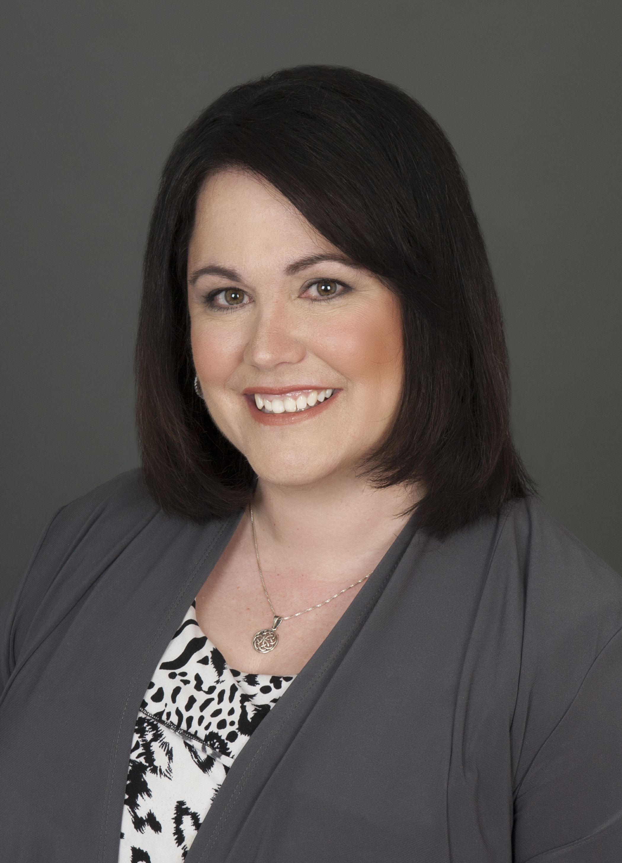 Susan Currie Headshot.JPG