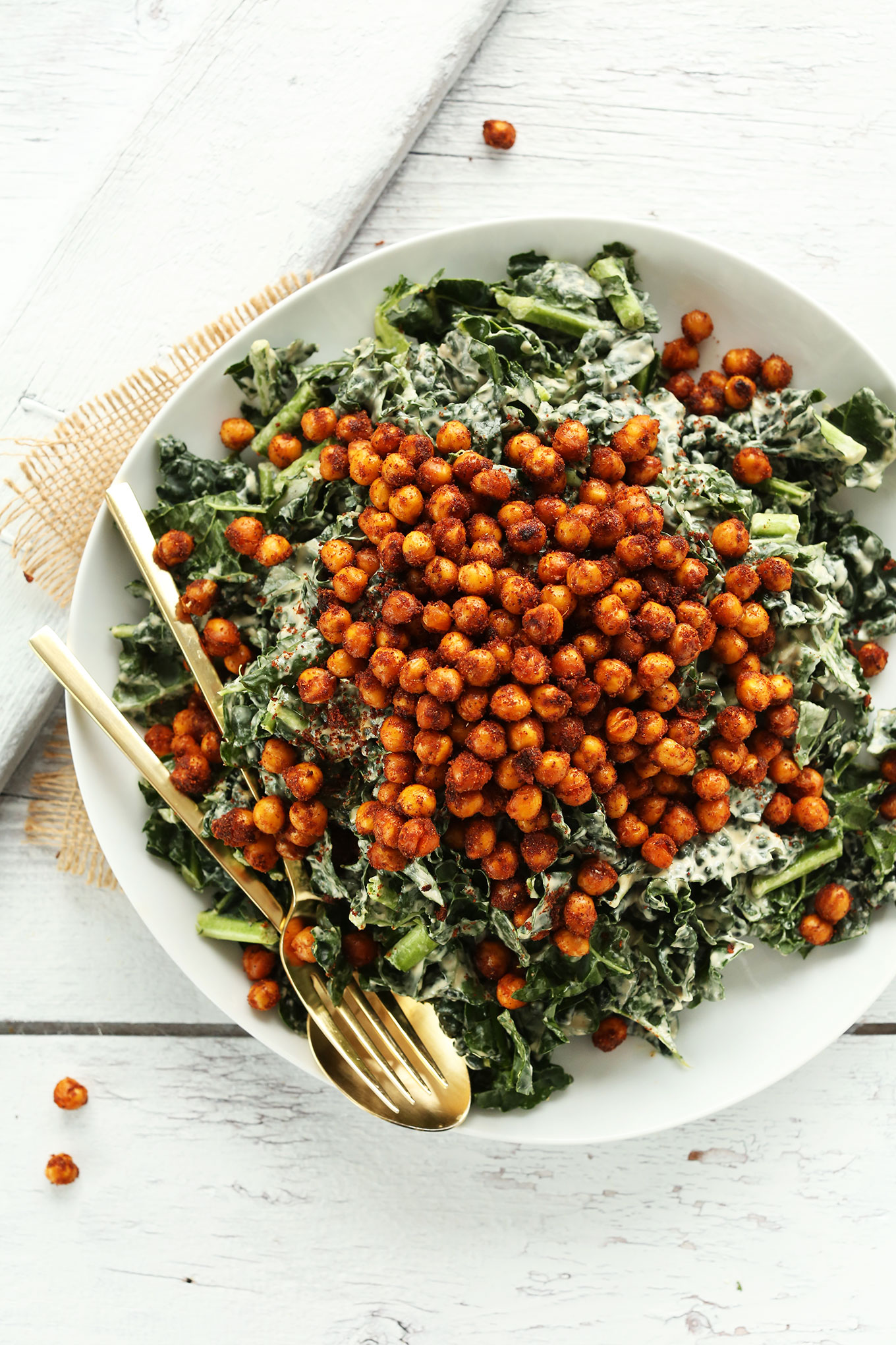 garlic kale with roasted chickpeas