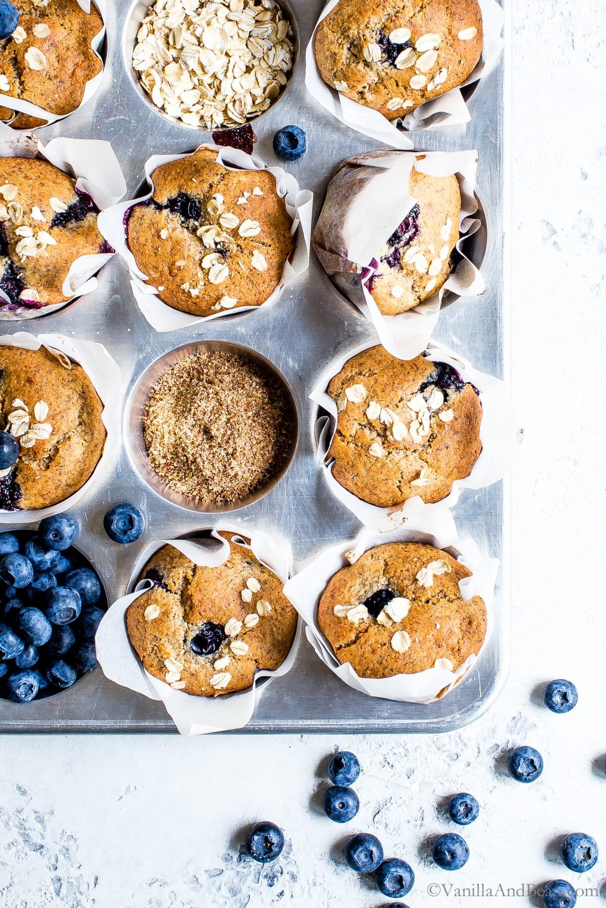 blueberry and flaxseed muffins