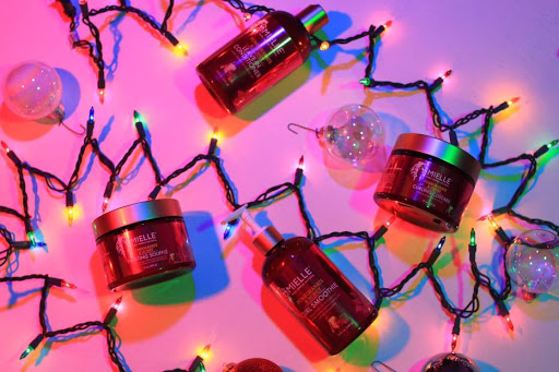 HOLIDAY GIVEAWAY + MIELLE ORGANICS + POMEGRANATE HONEY