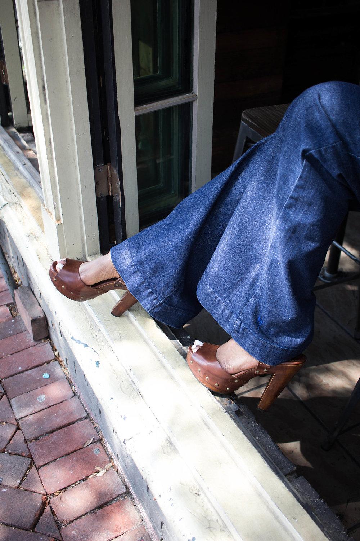BRUNCH + WIDE LEG JEANS -