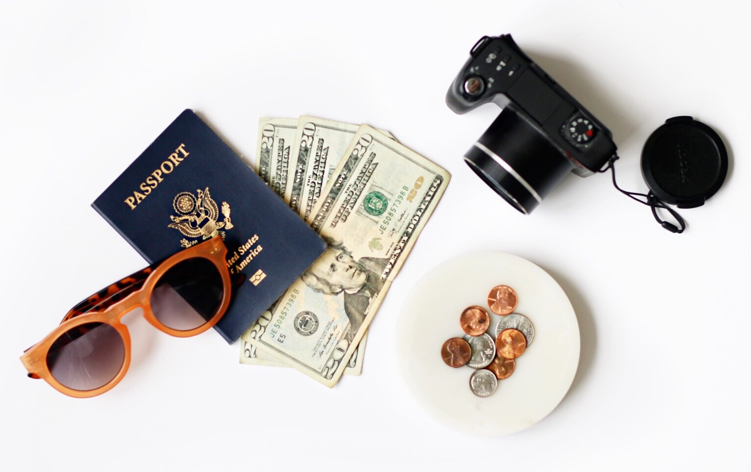 3 TIPS FOR SAVING MONEY FOR VACATIONS WITHOUT GOING BROKE -