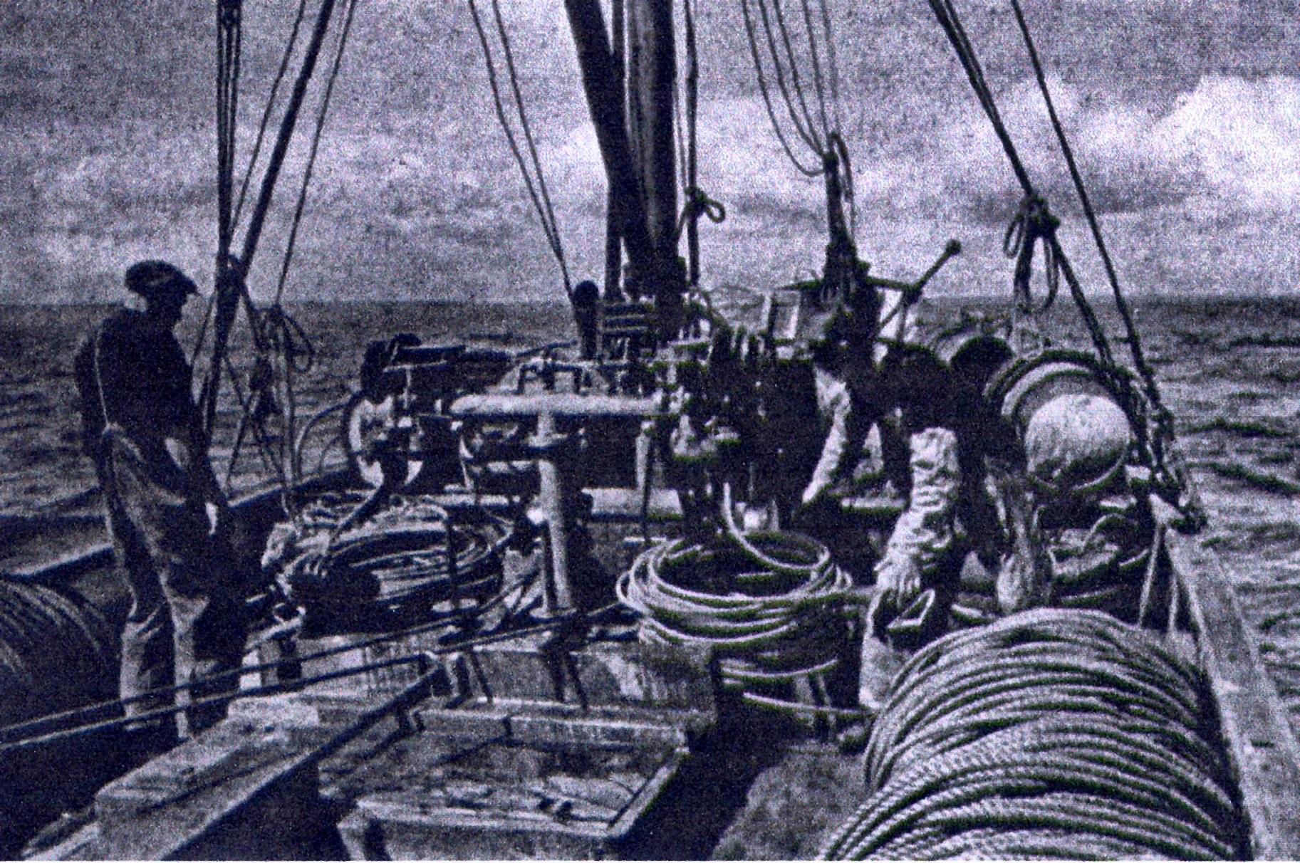 (39)(13) NORWEGIAN FISHERMEN FROM BUCKIE ON BECKLES COILER.jpg