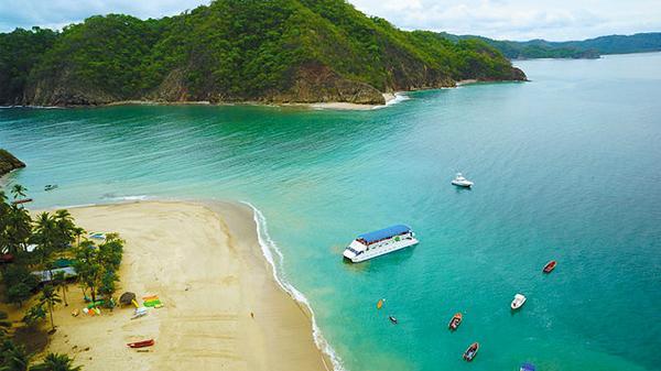 Tortuga Island. © 2014, Stay in Costa Rica.