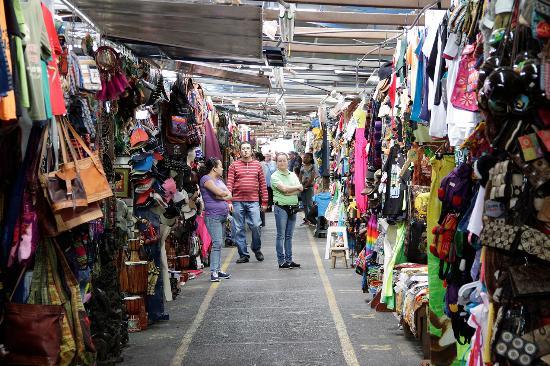 Crafts market, San José.