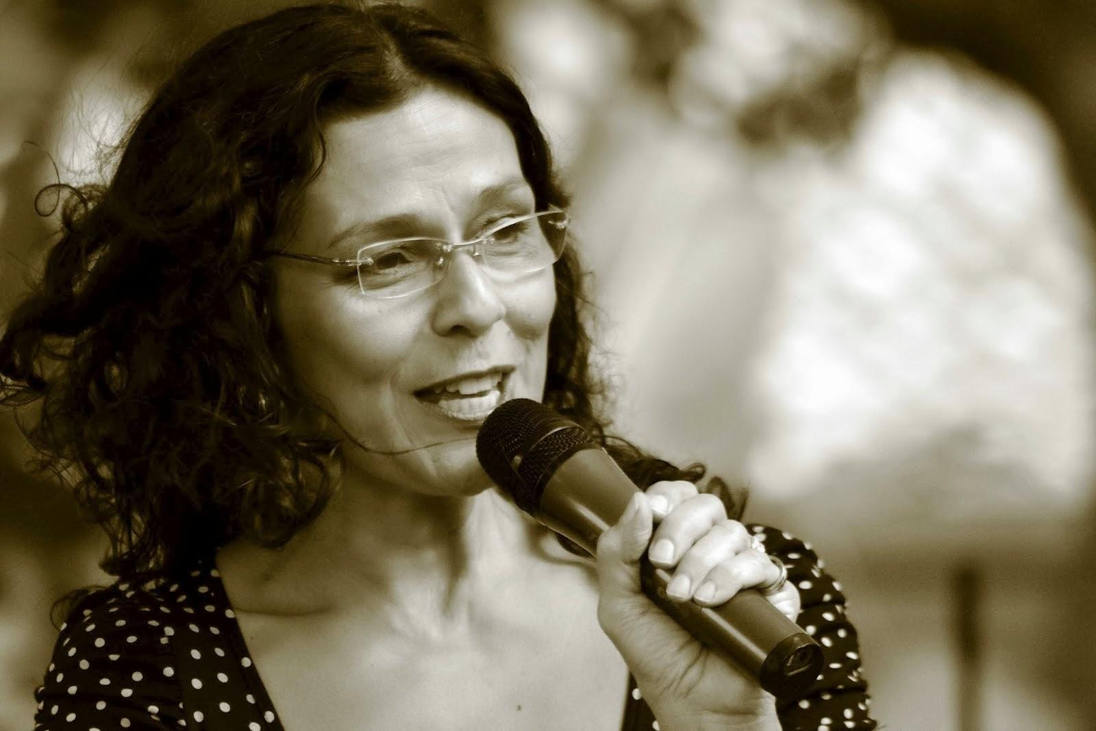 Ana Istarú in the eyes of  Ricardo Marcenaro