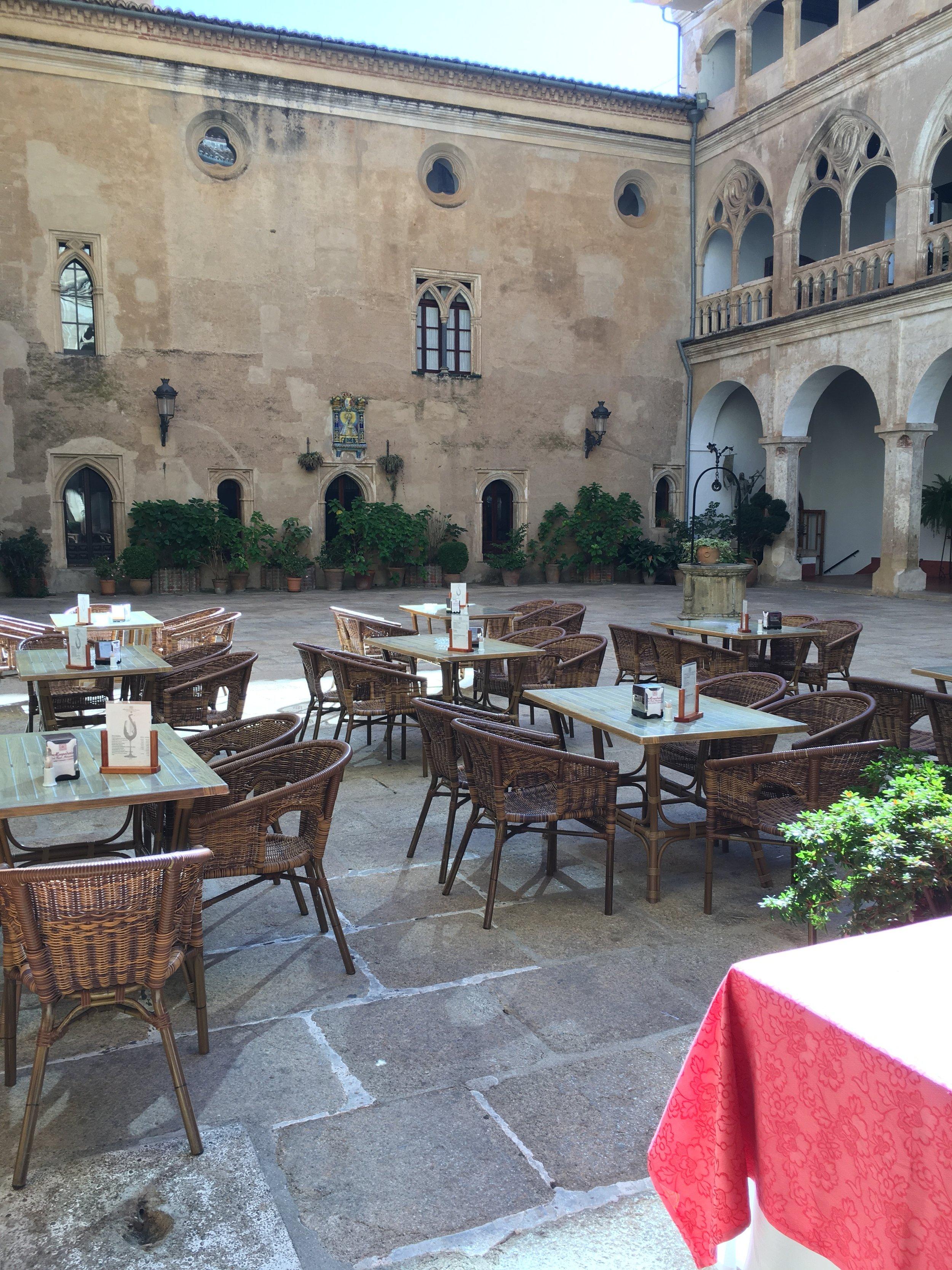 Hospedería Del Real Monasterio de Guadalupe (where we ate/donde comimos)